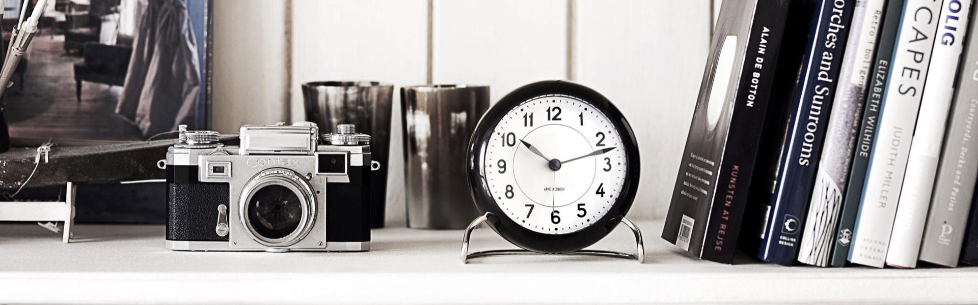 Arne-Jacobsen-klokker-03.jpg